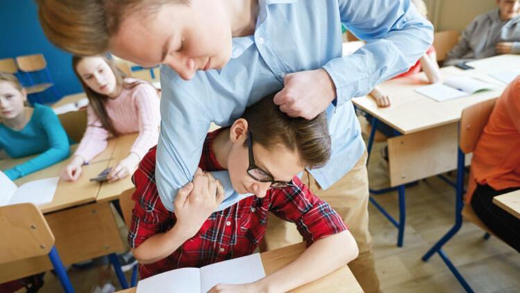 Öğretmenler Günü'nde korkutan tablo: Şiddet okul koridorunda