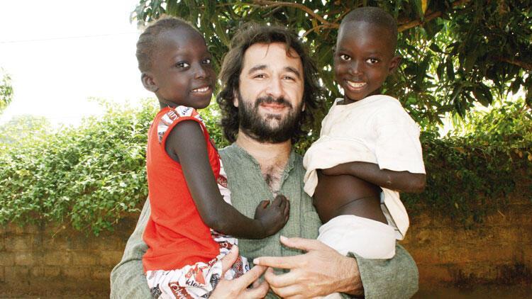 Afrika köylülerinin hayatını değiştiren Türk: Hayri Dağlı