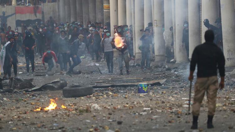 Irak'ın Zikar vilayetindeki gösterilerde 14 kişi öldü, 80 kişi yaralandı