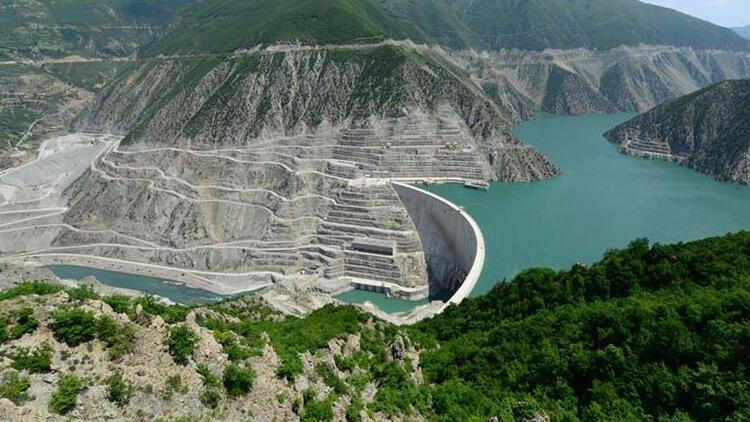 Türkiye'nin en yüksek barajı, 750 bin nüfuslu kenti aydınlatacak