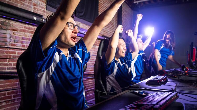 Riot Games'ten 2 milyon dolar ödüllü festival