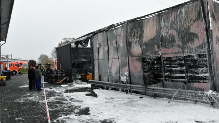 Almanya'da Türk şirketinin deposu kundaklandı