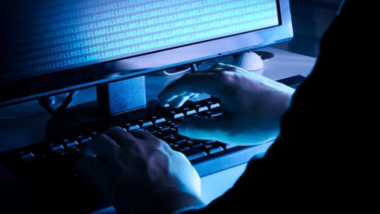 """Web sitelerinin güvenlik sertifikalarıyla ilgili kullanıcılara """"dikkatli olun"""" uyarısı"""
