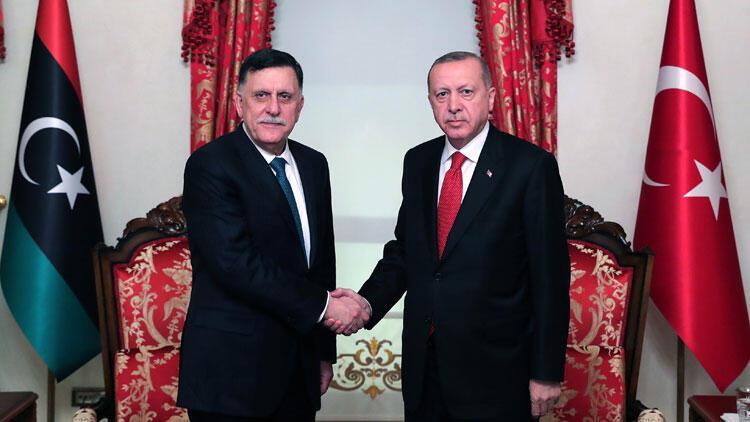 Cumhurbaşkanı Erdoğan, Fayez Al Sarraj ile bir araya geldi