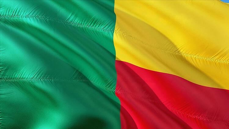 Benin AB Büyükelçisi'ni 'ülkede istenmeyen adam' ilan etti