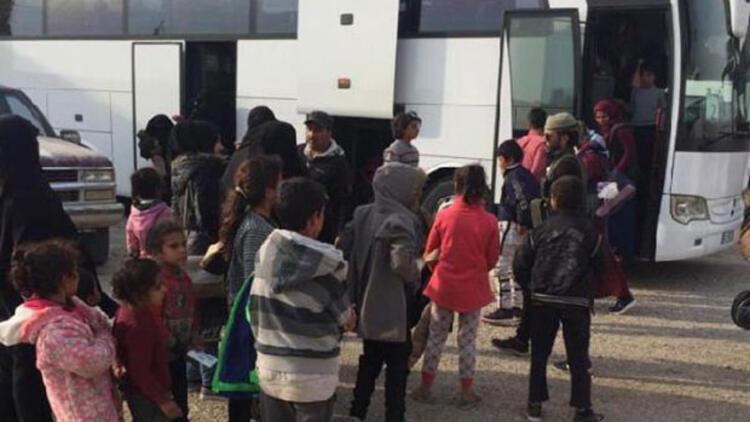 Son dakika.. MSB: 593 Suriyeli Tel Abyad'daki evlerine dönüş yaptı