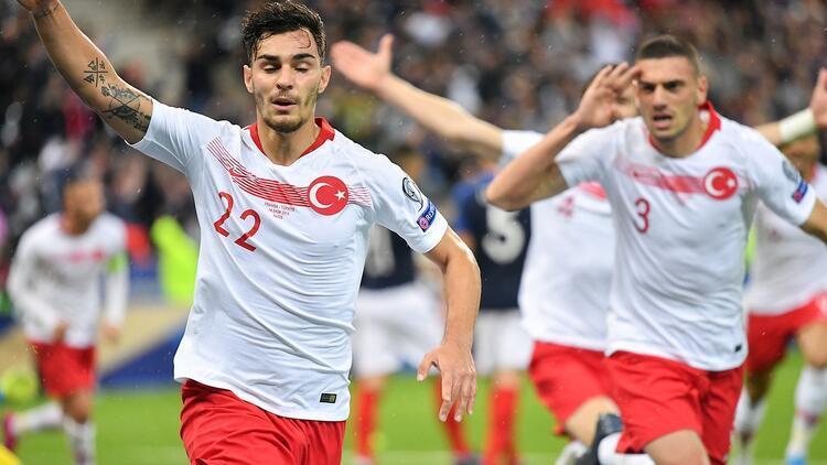 Gelen para Kaan Ayhan'a! Galatasaray...