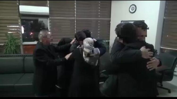 Polisin ikna ettiği 2 PKK'lı ailelerine teslim edildi