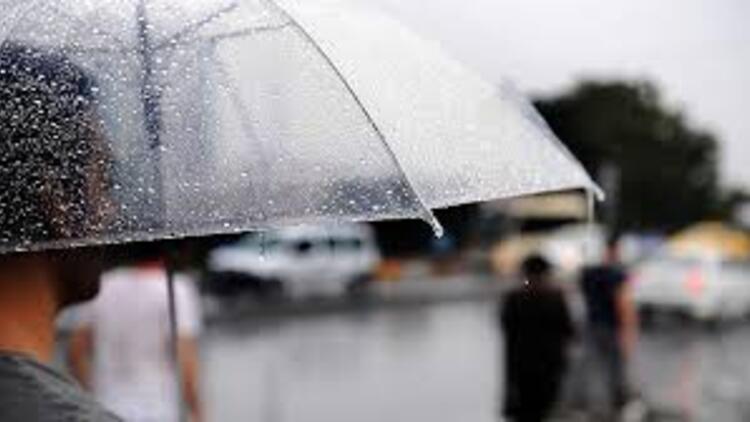 Bugün hava nasıl olacak? Marmara'da sağanak yağmur ve fırtına uyarısı