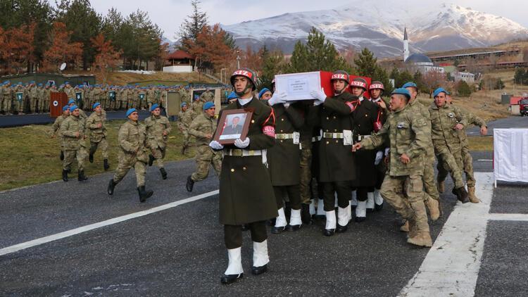 Şehit Uzman Onbaşı Çabuk, Hakkari'den törenle memleketine uğurlandı