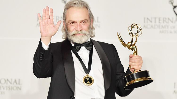 Haluk Bilginer'in aldığı Uluslararası Emmy ödülü hakkında merak ettiğiniz her şey