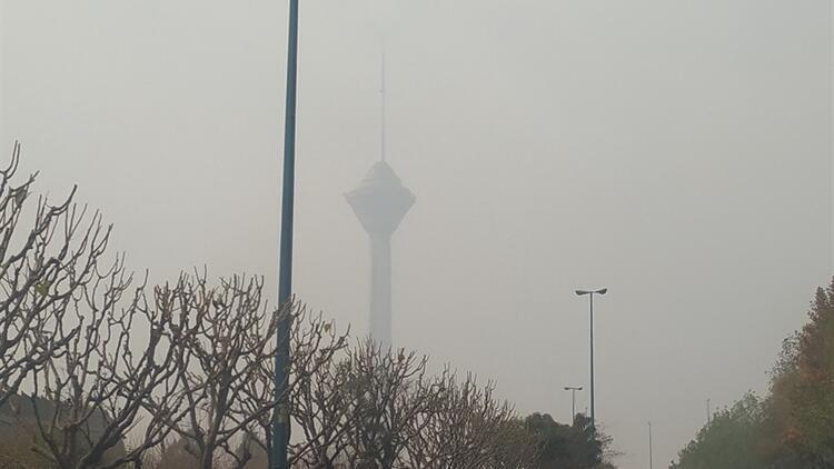 Tahran'da eğitime ara verildi, spor müsabakaları ertelendi