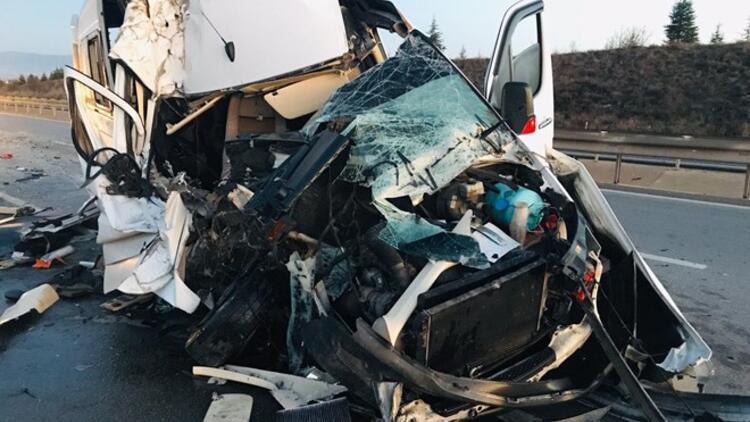Son Dakika! Bursaspor taraftarlarını taşıyan minibüs kaza yaptı! 17 yaralı var...