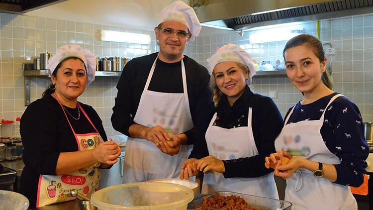 """Türk mutfağına """"yabancı"""" kalamadılar"""