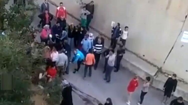 İzmir'de dehşet! Sokak ortasında bıçaklayarak öldürdü