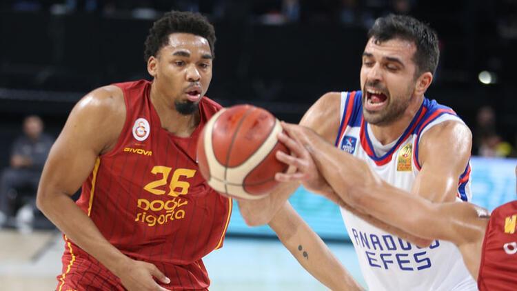 Anadolu Efes, Galatasaray'ı farklı yendi