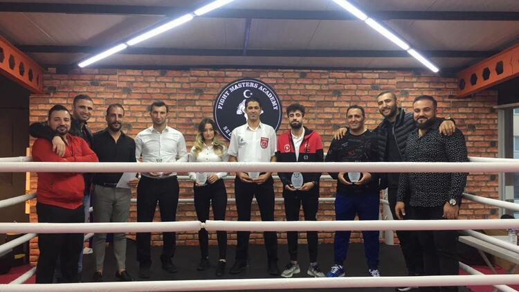 Milli Takım Antrenörü Selahattin Aydın çocuklar için Kick Boks turnuvası organize etti!
