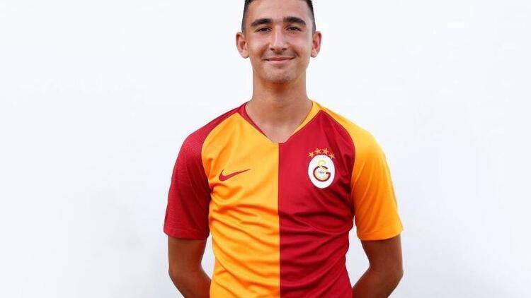 Genç futbolcu Emin Bayram kimdir kaç yaşındadır?
