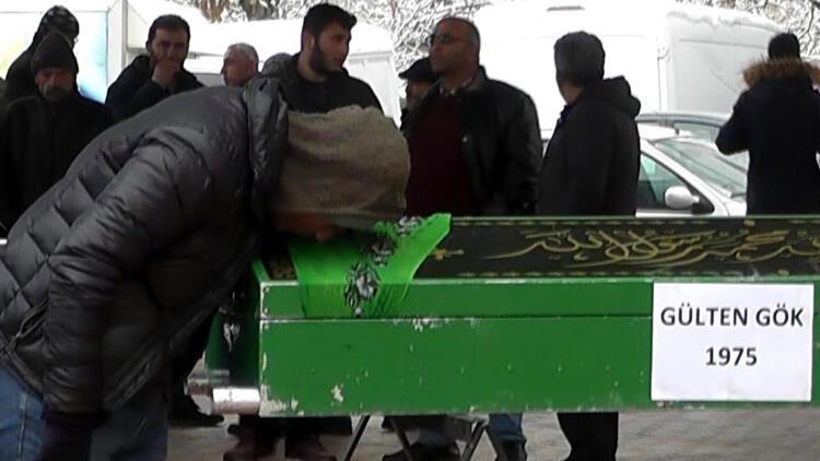 Asker oğullarını ziyaret dönüşü kazada ölen çift toprağa verildi