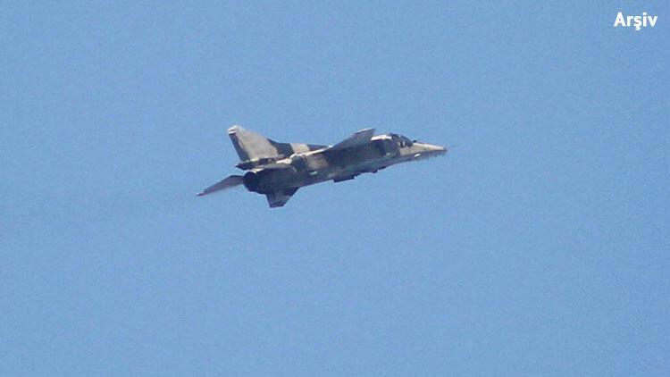 Hafter'e bağlı savaş uçağı düşürüldü! Pilot esir alındı