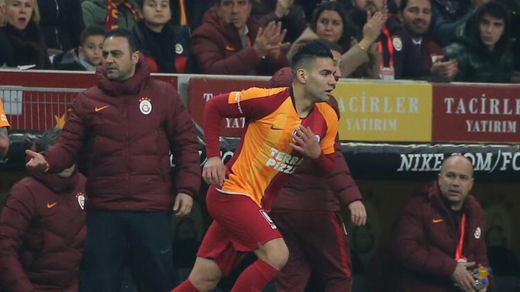 Galatasaray Falcao'dan umudu kesmedi