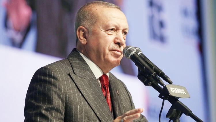 Erdoğan, Davutoğlu'nu suçladı: 'Halk Bank'a alavere dalavere yaptılar'