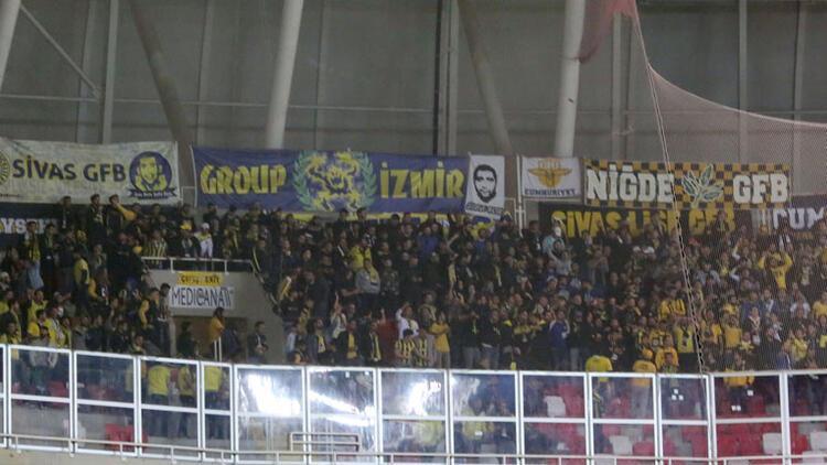Fenerbahçe, Sivasspor deplasmanında biletleri tüketti