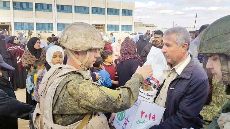Rus askeri ilk kez Rakka'da
