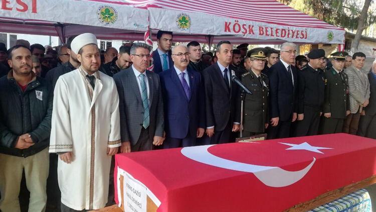 Kalp krizinden ölen Kıbrıs gazisi, Aydın'da toprağa verildi