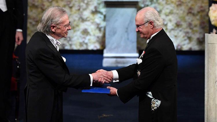 Son dakika haberi... Soykırım destekçisi yazar Handke Nobel ödülünü aldı