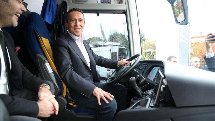 Fenerbahçe'ye yeni takım otobüsü