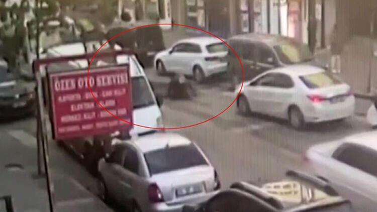 Aracını çekiciden kurtarmak isterken otomobil çarptı!