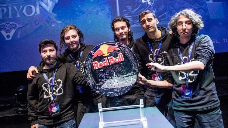 Red Bull Son Şampiyon'da online eleme zamanı