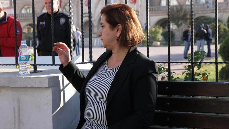 Kızıltepe'de görevden alınan HDP'li Yılmaz ile yardımcısına gözaltı