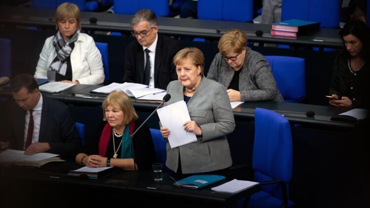 Milletvekilleri sordu, Merkel yanıtladı