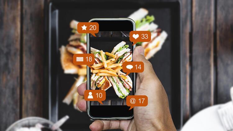 Sosyal Medya Kullanımı Gençlerde Yeme Alışkanlığını Bozuyor
