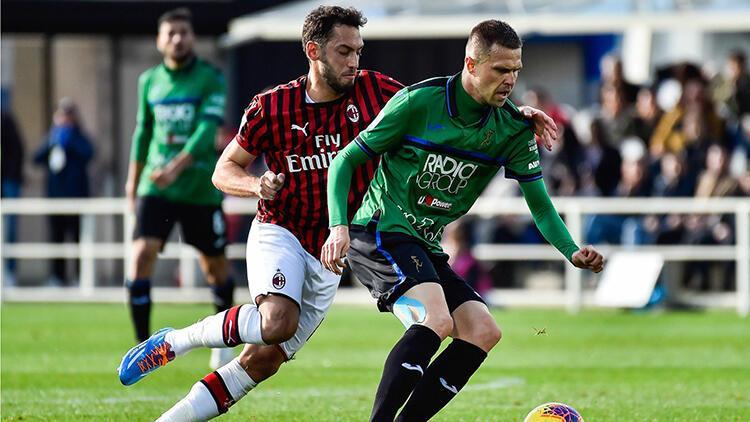 Milan'a Atalanta deplasmanında 5 gollü şok! Hakan Çalhanoğlu...