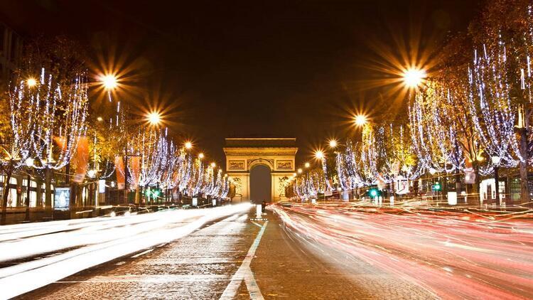 Paris'in en iyi yeni yıl fotoğraf noktaları