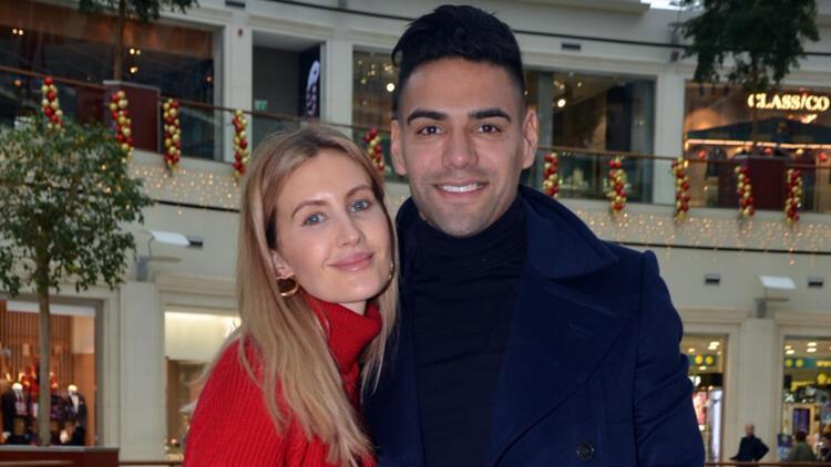 Lorelei Taron ve eşi Radamel Falcao'dan mutluluk pozu