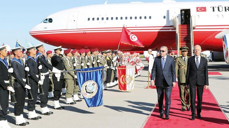 Libya mutabakatının ardından Tunus'a sürpriz ziyaret