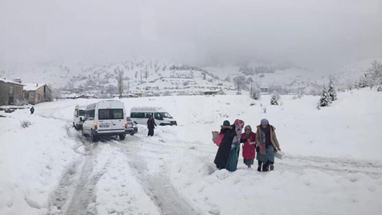 Adıyaman'da bir ilçede okullara kar tatili
