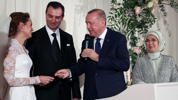 Cumhurbaşkanı Erdoğan, Bakan Akar'ın oğlunun nikah şahidi oldu