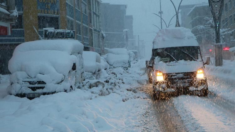 Son dakika: Van, Hakkari ve Adıyaman'ın bazı ilçelerinde eğitime kar engeli