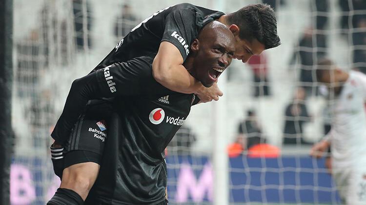 Beşiktaş'ta Atiba Hutchinson şov! Tam 4 gol...