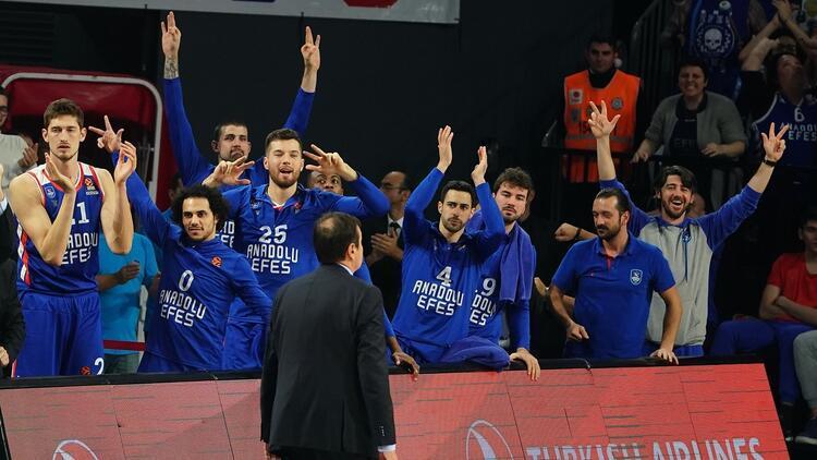 Anadolu Efes, Euroleague'de 2. sıraya tırmandı! Fenerbahçe Beko ise...