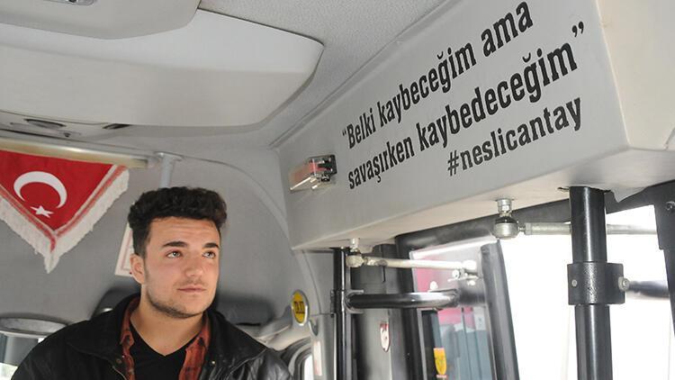 Neslican Tay'ı unutturmamak için sözlerini minibüsüne yazdırdı