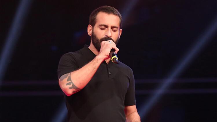 İtalyan şarkıcı Türkçe albüm çıkardı