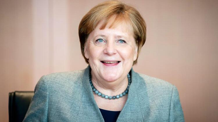 Almanların yüzde 40' yine 'Merkel' dedi