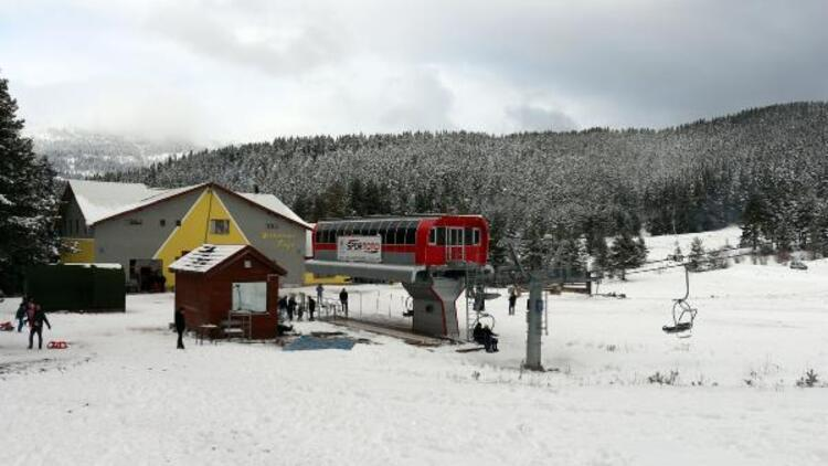 Türkiye'nin önemli kayak merkezi Ilgaz'da sezon açılamadı!