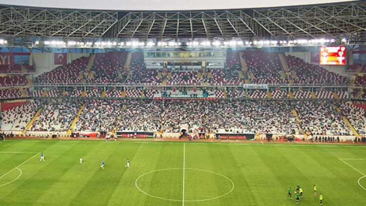 UEFA standartlarında 60 milyonluk amatör stat
